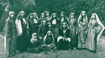 ogrencileri-1914_400_221